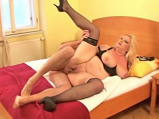 Chubby Blonde Mom Is Great At Cock Pleasing Porn Videos