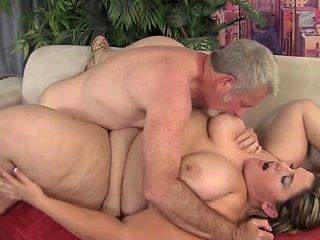 Ssbbw Babe Sucks Cock While Titty Fucking Porn Videos