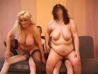Sizzling Mature Bbw Lady Is Enjoying Her Time